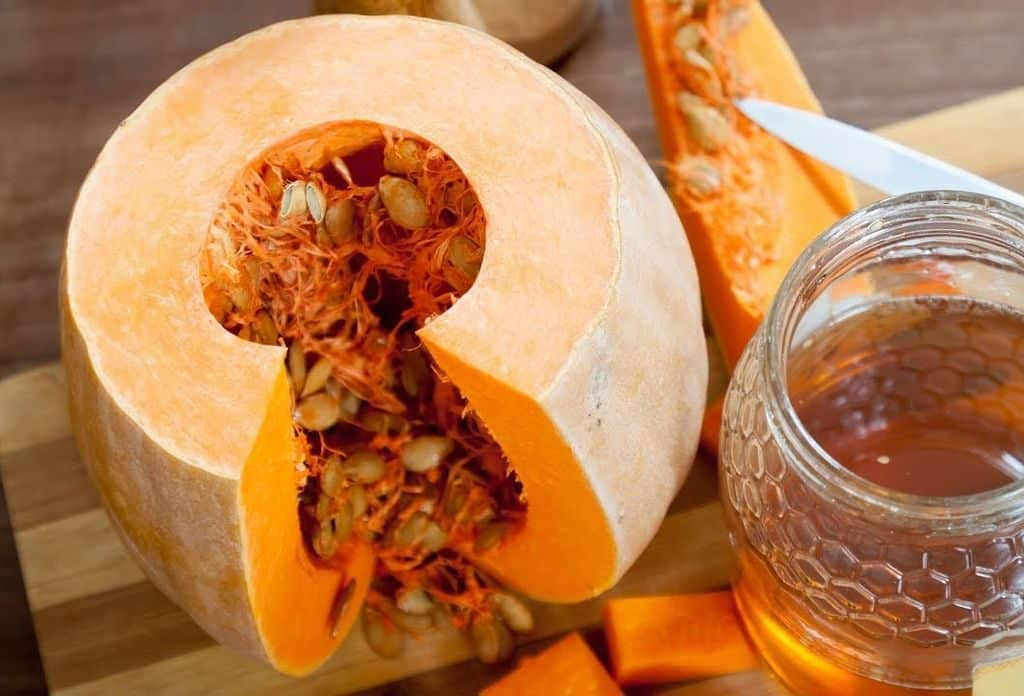 Тыквенные семечки с медом при простатите