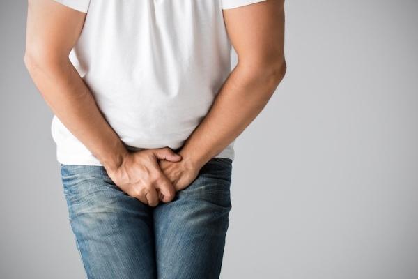Боль в мошонке: причины и лечение