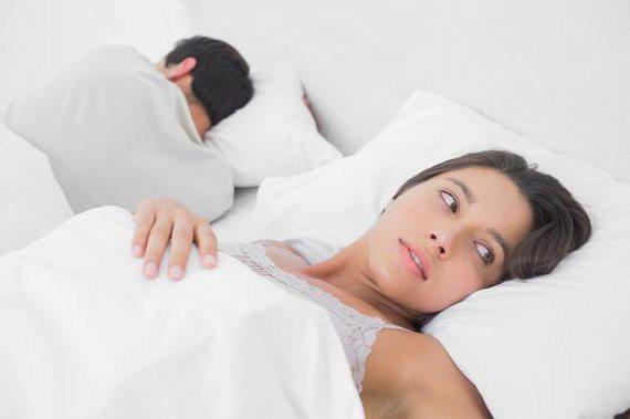 Из за чего падает член во время секса