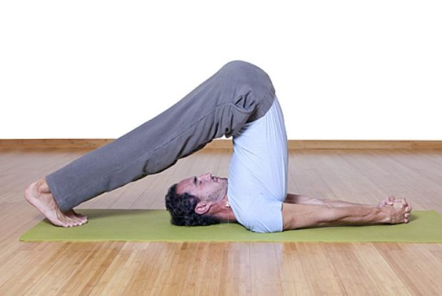 Упражнения из йоги для повышения потенции